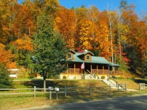 Scenic Drives Get Kicked Up a Notch with Fall Colors!